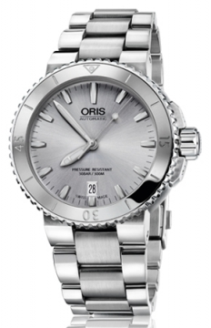 Oris Aquis Date 43mm Mens watch, model number - 0173376764141-0782110P, discount price of £955.00 from The Watch Source