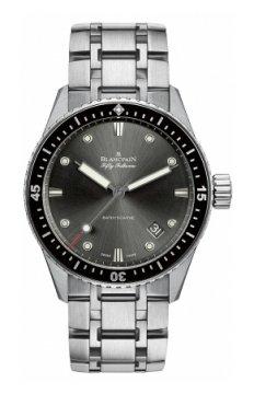 Blancpain Fifty Fathoms Bathyscaphe Automatic 43mm 5000-1110-70b watch