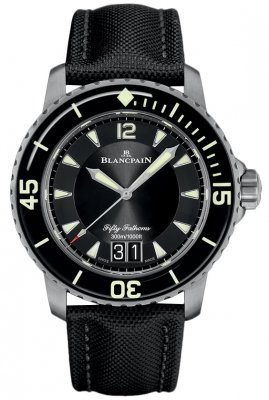 Blancpain Fifty Fathoms Grande Date 45mm 5050-12b30-b52a watch