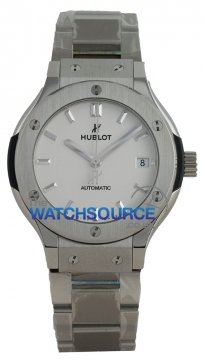 Buy this new Hublot Classic Fusion Automatic 38mm 565.nx.2611.nx midsize watch for the discount price of £5,280.00. UK Retailer.