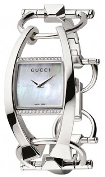 Buy this new Gucci Chiodo 123 Series YA123503 ladies watch for the discount price of £1,710.00. UK Retailer.