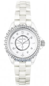 Buy this new Chanel J12 Quartz 33mm h3110 ladies watch for the discount price of £8,096.00. UK Retailer.
